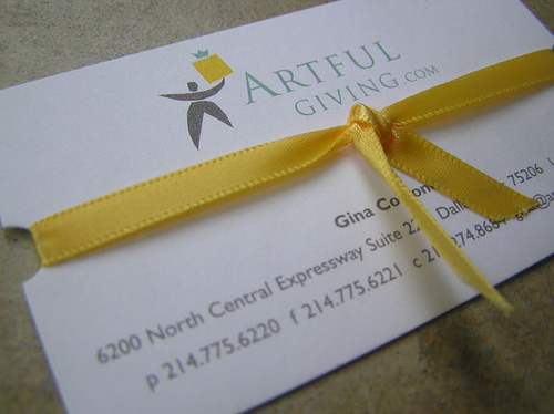 gift-with-ribbon-biz-card.jpg