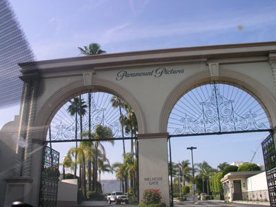 paramount_entrance
